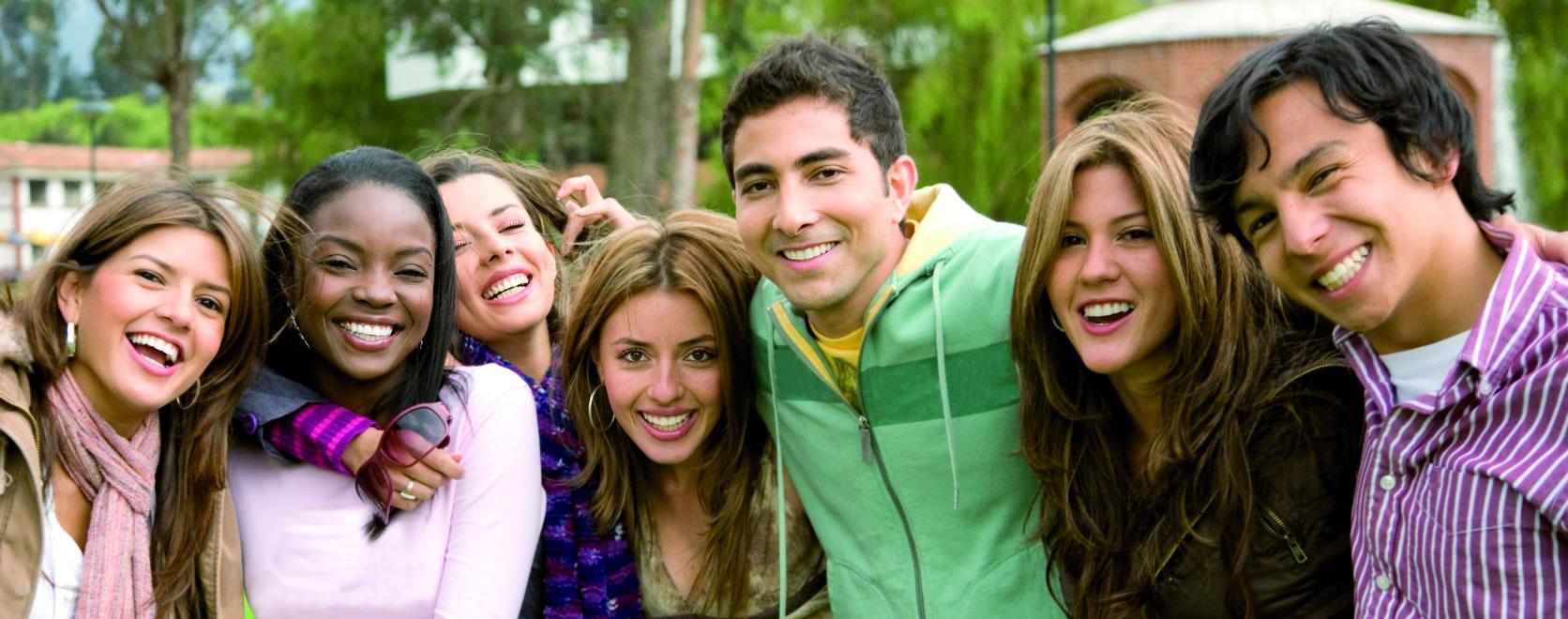jeunes en groupe